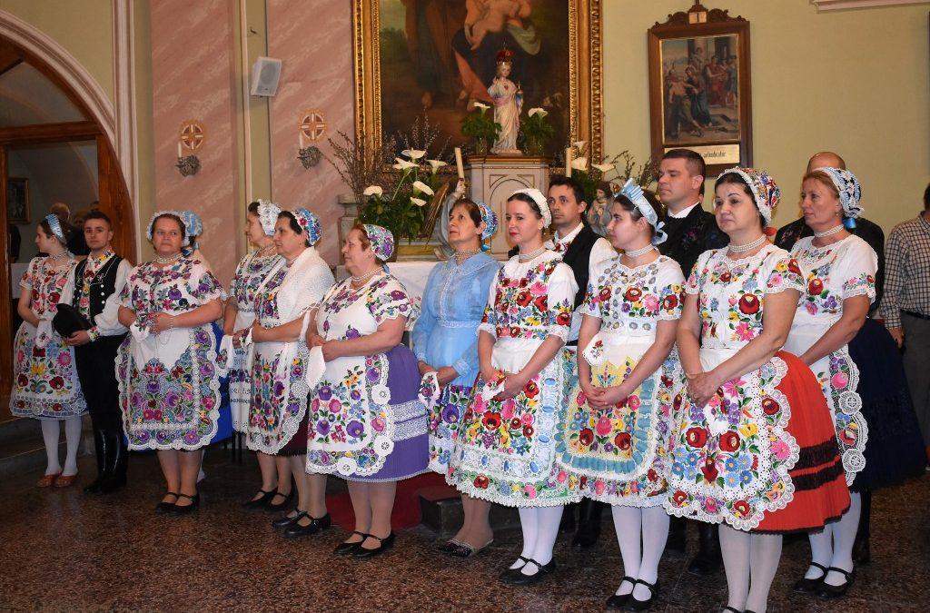 A magyar kormány a szülőföldön való boldogulást segíti