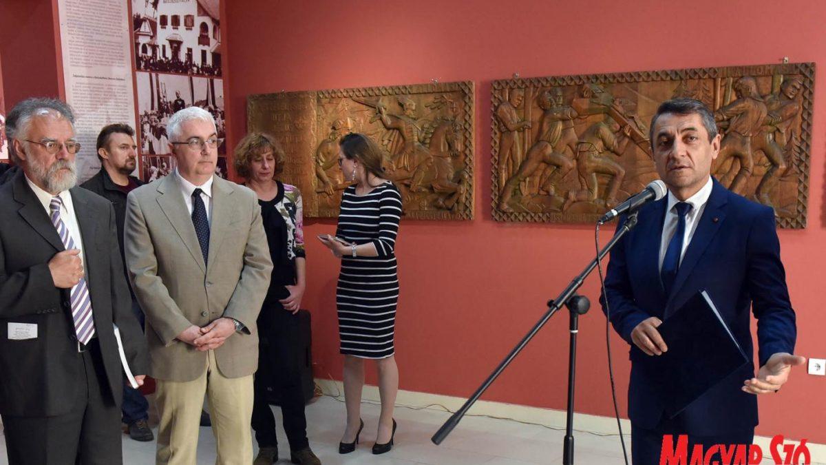 Megnyílt a Bukovinai székelyek Bácskában című kiállítás Szabadkán
