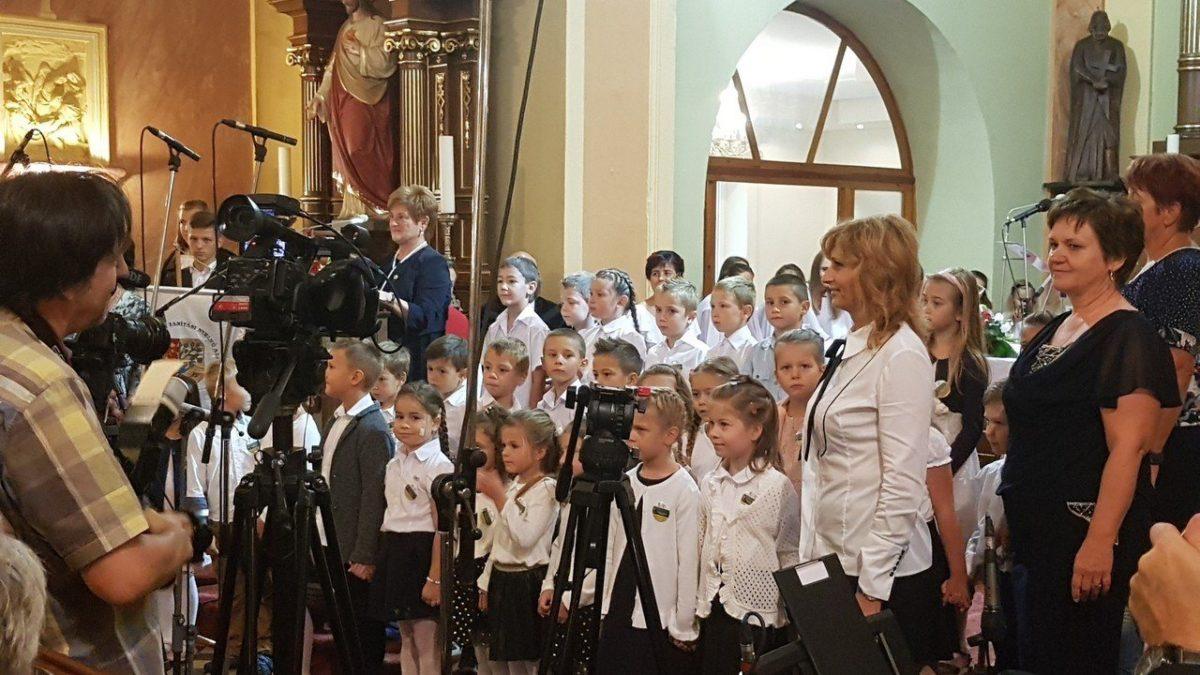 A magyar iskolaválasztást minden eszközzel elő kell segíteni