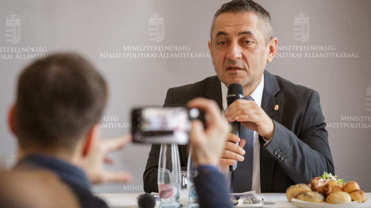 2020 az erős magyar nemzeti közösségek éve