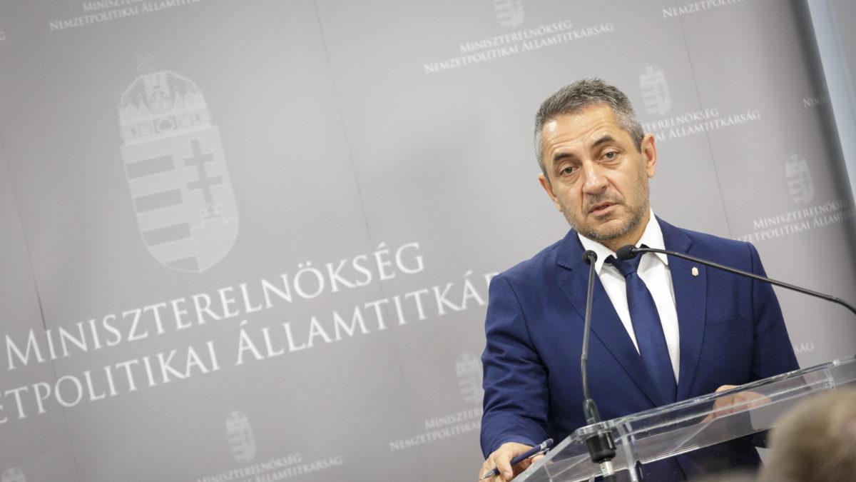 A fiatalok már egységes magyar nemzetben gondolkodnak